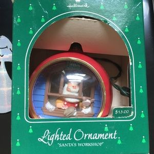 2 lighted ornaments